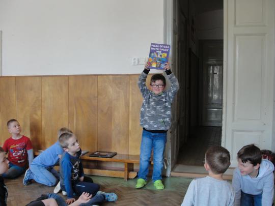 Měsíc knihy v družině_003
