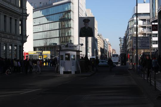 Checkpoint Charlie_001